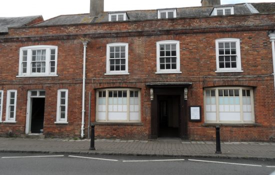 18th Century Grade 2 Listed building in Steyning High Street, West Sussex